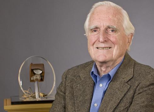 Douglas C Engelbart
